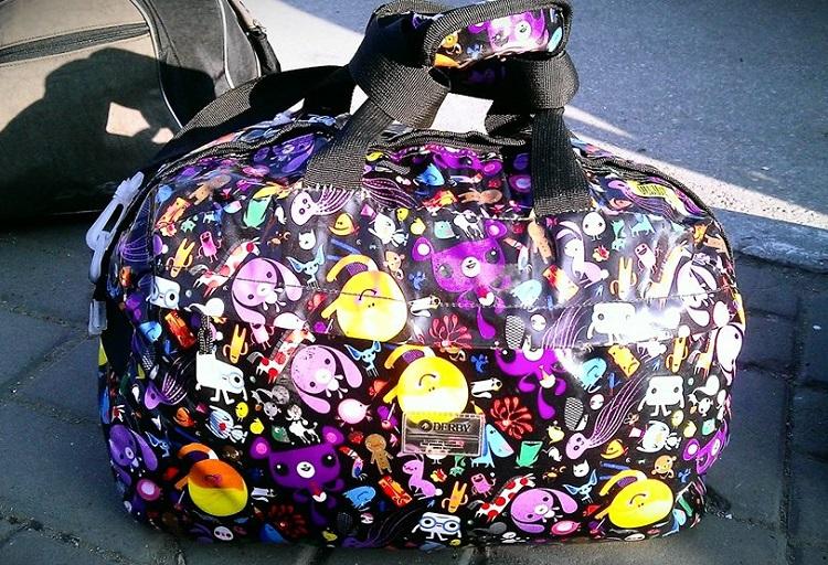 дорожная сумка с мультяшками