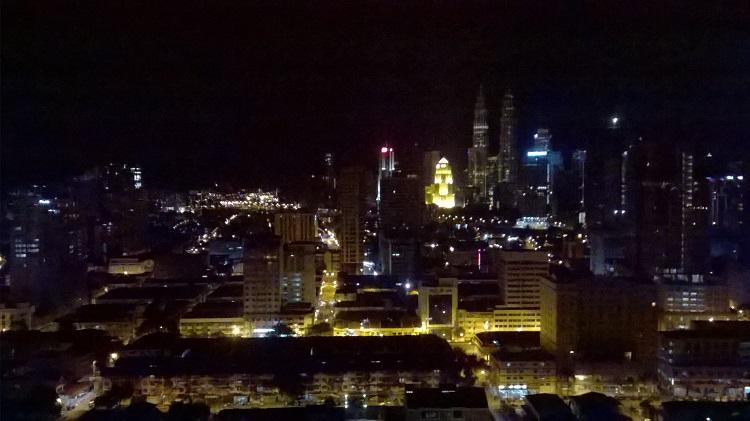 куала лумпур ночной вид на петронас