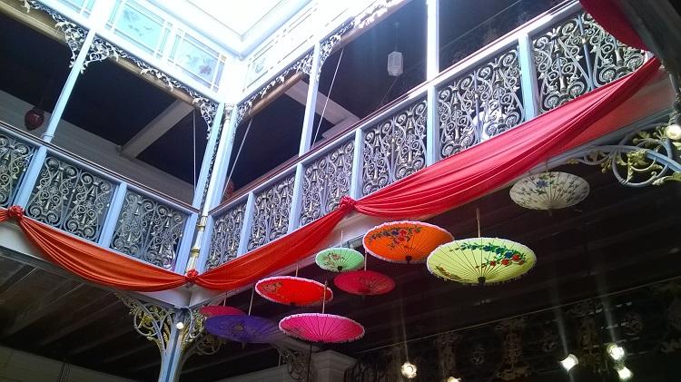 00-balcony1