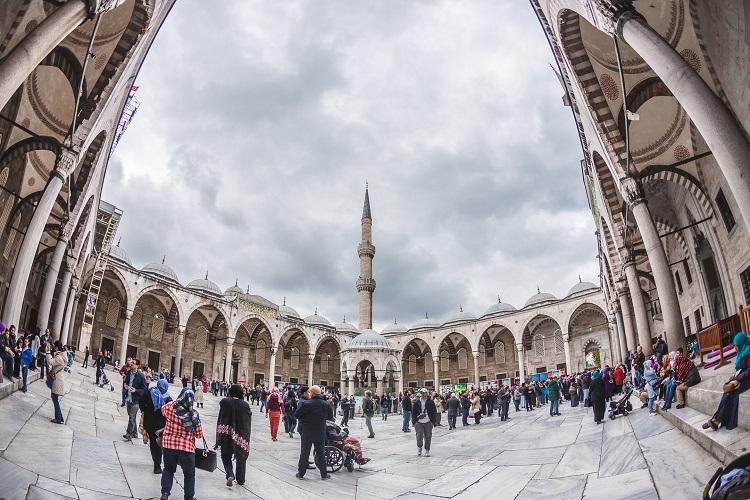 голубая мечеть дворик