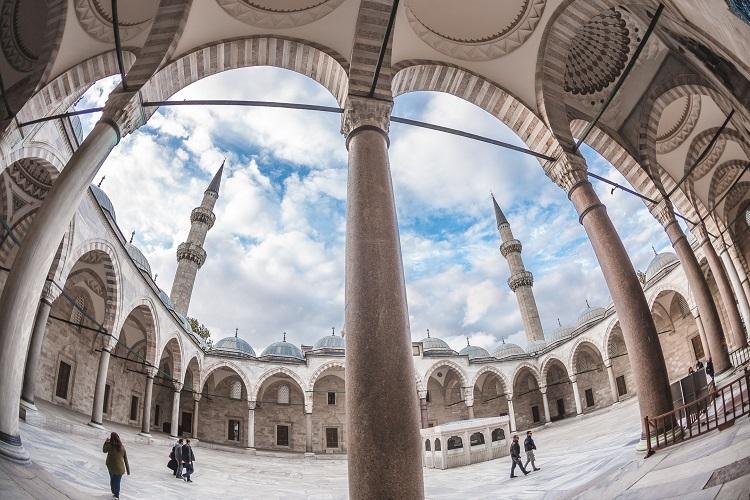 мечеть сулеймание дворик